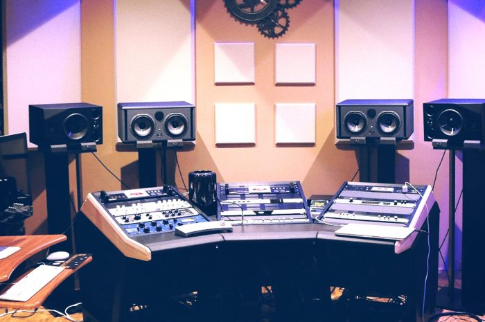 How Working With a Recording Studio Can Help You